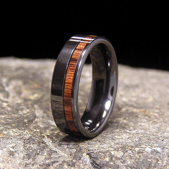 How Cool Is This - Funky Wedding Bands - Thomas The Caterer